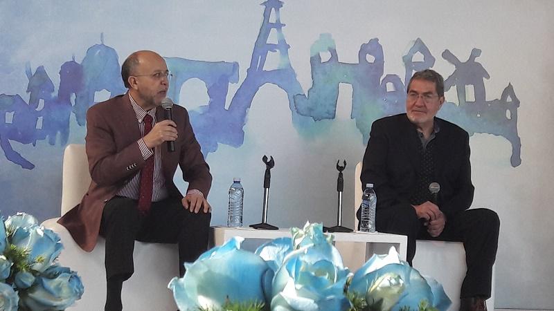 Los sexólogos David Barrios Martínez y Francisco Delfín Lara en conferencia de prensa. Foto: Gabriela Xochiteotzin Peña.