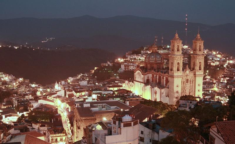 Taxco por Carlos Adampol. Foto cortesía de ClickBus.