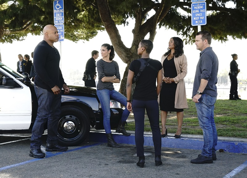 """Forasteira"" -- Pictured: LL COOL J (Special Agent Sam Hanna), Daniela Ruah (Special Agent Kensi Blye), Andrea Bordeaux (NCIS Special Agent Harley Hidoko), Nia Long (Executive Assistant Director Shay Mosley) and Chris O'Donnell (Special Agent G. Callen). The NCIS team tracks a highly skilled assailant determined to avenge her father's death by killing a Brazilian diplomat, on NCIS: LOS ANGELES, Sunday, Dec. 10 (9:00-10:00 PM, ET/PT) on the CBS Television Network. Photo: Bill Inoshita/CBS ©2017 CBS Broadcasting, Inc. All Rights Reserved."