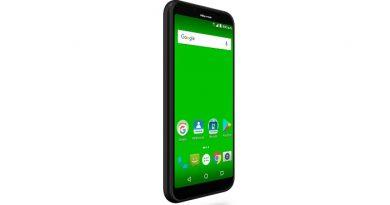 Hisense presenta los smartphones T965 y T17