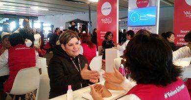 Mani-Cura, invitación a autopexplorarse los senos para detectar cáncer