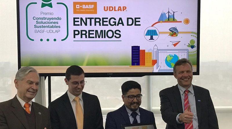 """Entregan Premio """"Construyendo Soluciones Sustentables"""""""