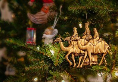 Los Reyes Magos enseñan a los niños sobre finanzas personales