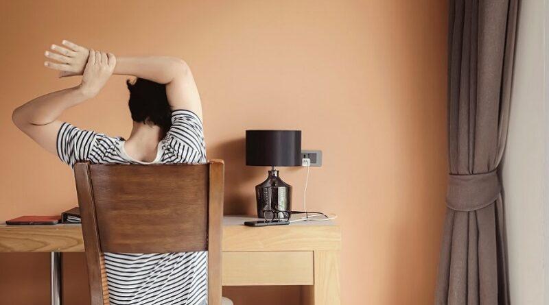 Cuida tu espalda durante el home office. Te decimos cómo