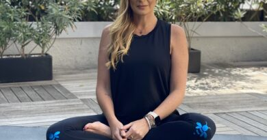 Fitbit celebra el primer año como embajadora de Angie Taddei presentando el nuevo Fitbit Luxe