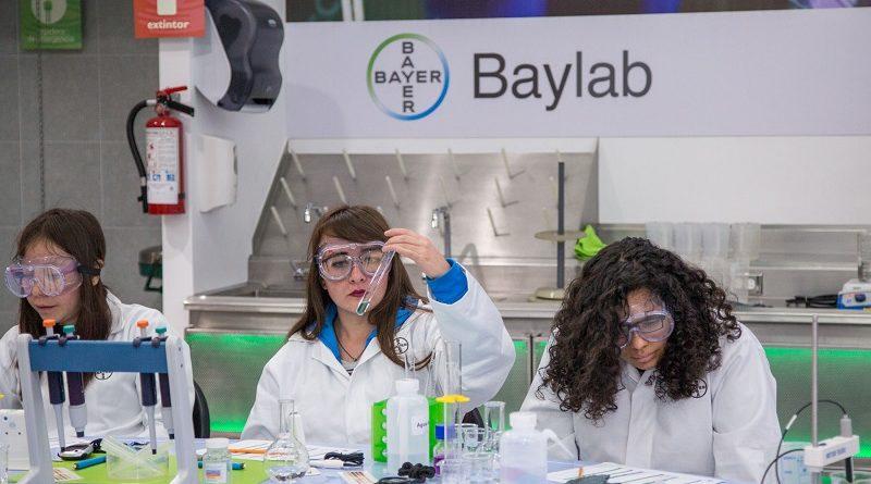 Baylab abre el mundo de las ciencias a estudiantes mexicanos